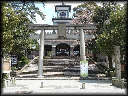 尾山神社 尾山神社(金沢市) 金沢市: 尾山神社 石川県:歴史・観光・見所(ホーム)>金沢市:歴
